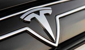 Tesla_Hood